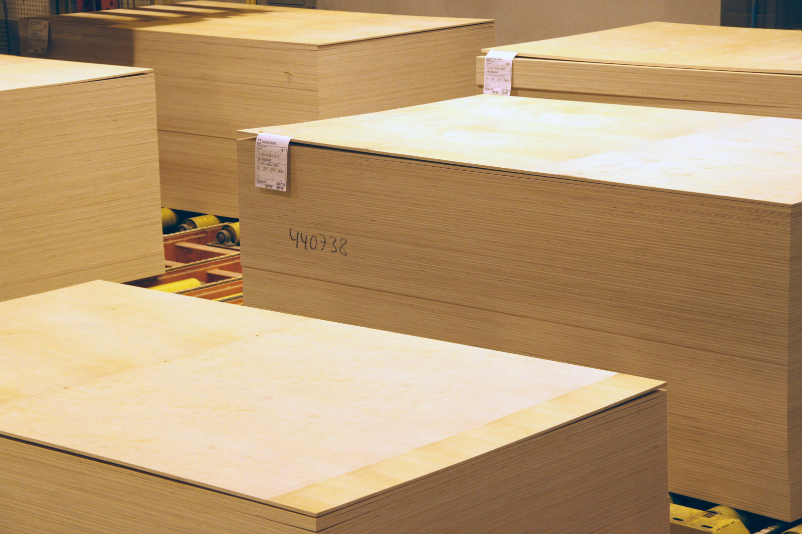 Koskisen's plywood products are globally known for their tailored solutions, high quality and customer orientation.