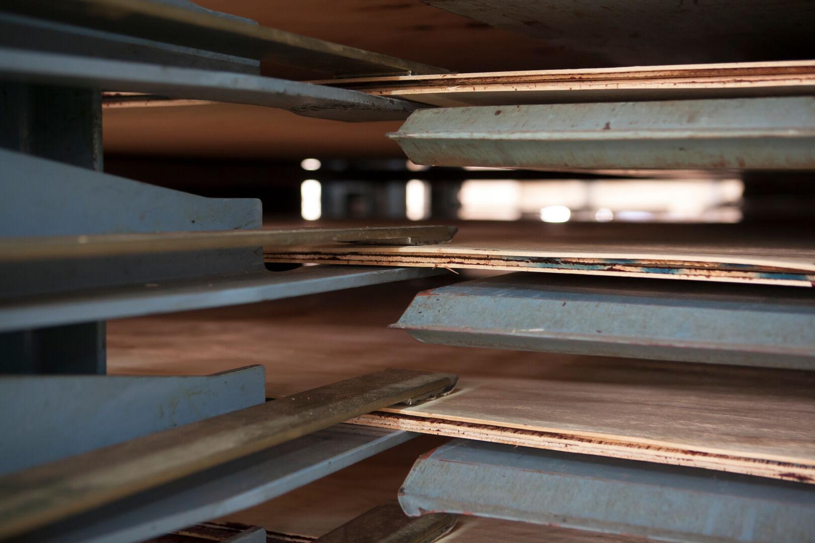 胶合板压制 R7 上木机