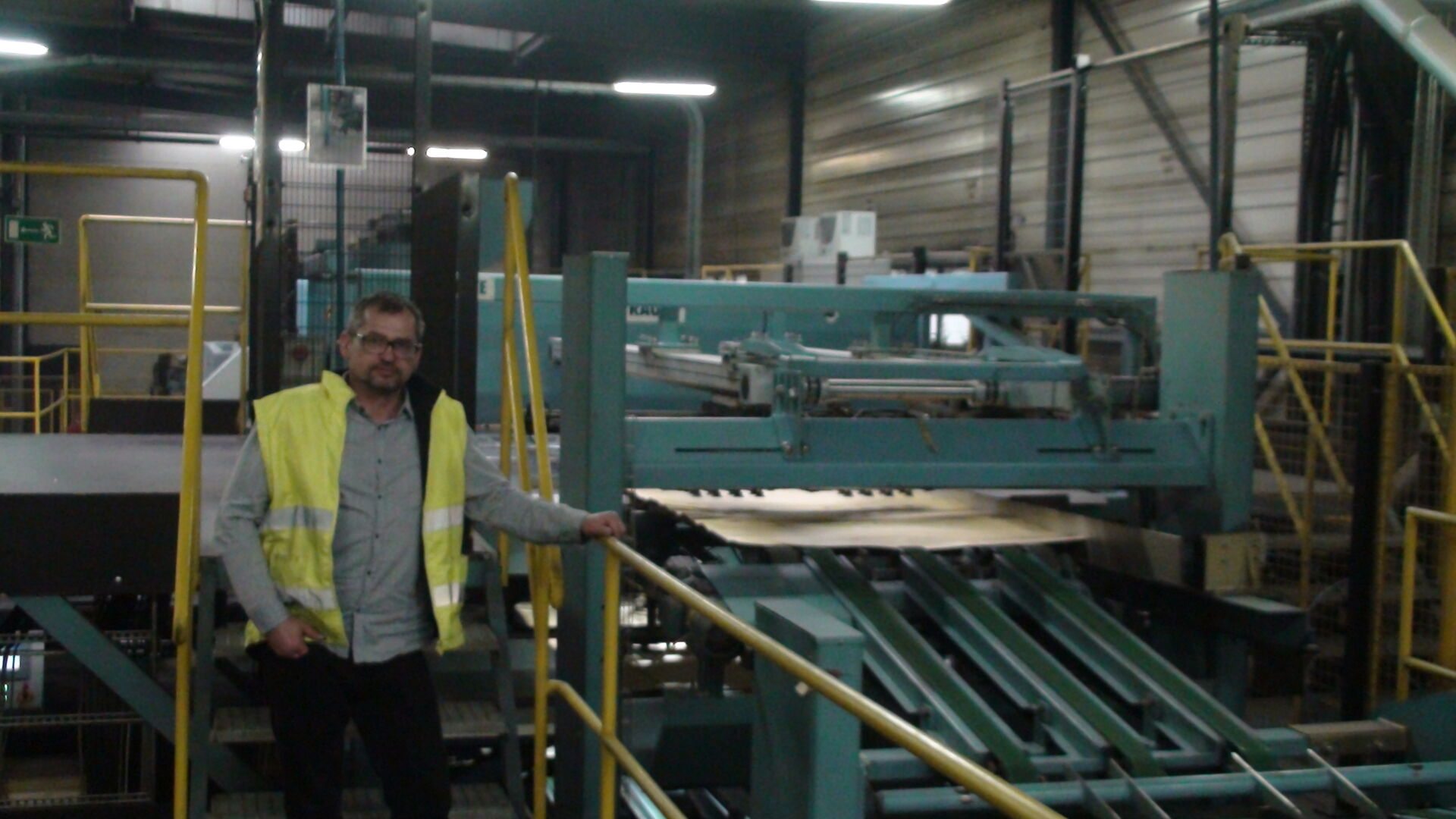 """""""We are very pleased with the Raute customer service. Our service contact with Raute and their 24/7 hotline guarantee trouble-free production."""" Jarosław Ludkiewicz, Manager of Paged's mill in Morag"""